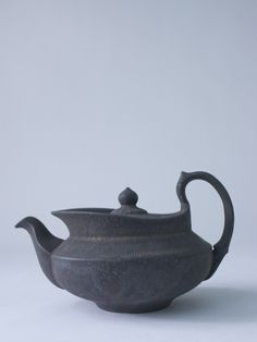 Aladdin Pot (black) - RYOTA AOKI POTTERY