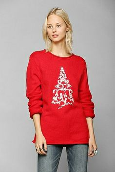 MERRY CHRISTMAS (more festive finds here http://chicityfashion.com/holiday-fashion/)