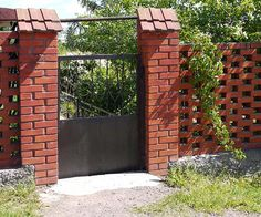 brick fence thats mostly the pattern we were thinking about - Brick Wall Fence Designs