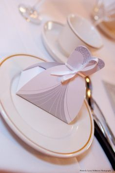 Wedding Favor Boxes - Photo by Laura Witherow Photography