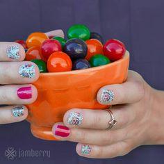 #DiaDeLosMuertosJN #HautePinkJN Shop at https://jamminmomma79.jamberry.com/ #angiesjammies #hautepink #diadelosmuertos #manicure #naildesign #nailart #nails