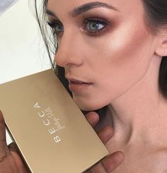 Becca Jaclyn Hill Palette look