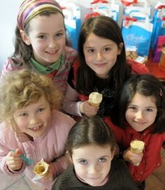 Murphy's Ice-Cream is one of many hand-made food products in Co. Kerry. Made of fresh milk and cream from the rare, indigenous breed of Kerry cow, local eggs and pure cane sugar then flavoured with fresh, natural ingredients and frozen. Yum, yum – and only one of the great reasons for a holiday in Kerry!