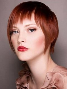 People with red hair looks awesome if they take care of them properly. Red Bob Hair, Short Red Hair, Long Hair With Bangs, Short Hair Cuts, Short Hair Styles, Short Bangs, Short Hairstyles For Women, Cool Hairstyles, Famous Hairstyles
