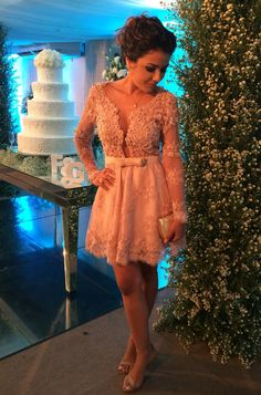 vestido curto rosa seco bordado elly silveira