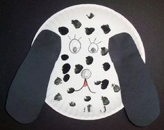 This dog is so easy to make and the kids love him. All they need to do is trace their foot on folded black paper so they get 2 ears. They glue it on a paper plate and draw the face. For the spots, the kids can paint black spots or use Do-a-Dot Markers for fun colored dots.: