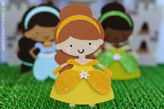 Belle (maybe do something with Cricut paper dolls??)