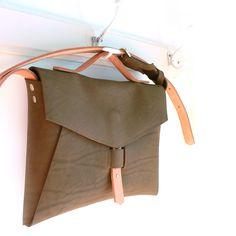 plum bag · 100% leather · http://marieladias.blogspot.pt