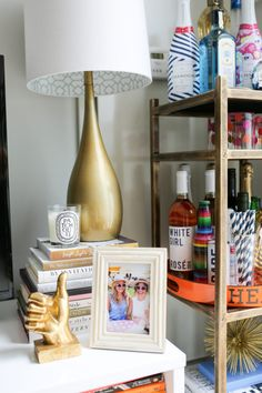 How to Decorate a Small Apartment | bows & sequins