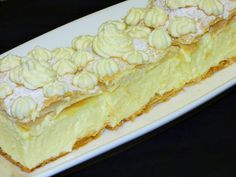Custard Slice, No Bake Cake, Cheesecake, Food And Drink, Pie, Dishes, Baking, Ethnic Recipes, Smoothie