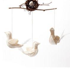 Pi'lo Bird Nest Mobile
