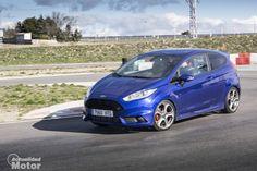 Prueba Ford Fiesta ST 1.6 Ecoboost, motor, conducción y consumos (con vídeo) - http://www.actualidadmotor.com/2014/04/11/prueba-ford-fiesta-st-1-6-ecoboost-motor-conduccion-y-consumos-con-video/