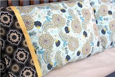 Lessons with Lindsay: 15 Minute Pillowcase with French Seams. Free pattern, tutorial and video!