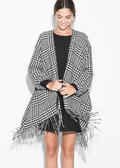 Slideshow: The Best Blanket Coats: 30 Ways To Get In On Fall's Coziest Trend