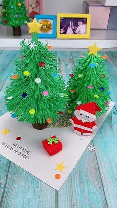 Christmas Arts And Crafts, Halloween Crafts, Holiday Crafts, Christmas Diy, Christmas Tree Paper Craft, Holiday Decor, Christmas Decorations Diy Easy, Christmas Crafts For Kids To Make At School, Childrens Christmas Crafts