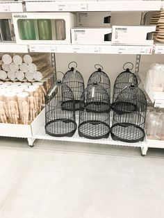Who would have thought you could find so many farmhouse decorating items at IKEA? It's true, here are 40 farmhouse finds from IKEA. farmhouse decor 40 Farmhouse Finds From IKEA - She Holds Dearly Farmhouse Homes, Rustic Farmhouse, Country Farmhouse, Farmhouse Front, Farmhouse Design, Style At Home, Home Interior, Interior Design, Up House