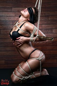 Nothing makes you feel sexy like feeling yourself up in bondage. ^_^