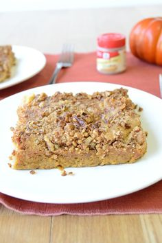 This pumpkin cake recipe is truly the epitome of dump and go. To make Incredibly Easy Pumpkin Dump Cake, all you need to do is throw yellow cake mix and a few other ingredients into a baking dish and pop it in the oven. Pumpkin Cake Recipes, Dump Cake Recipes, Dessert Recipes, Fall Recipes, Sweet Recipes, Delicious Desserts, Yummy Food, Fall Desserts, Yummy Treats