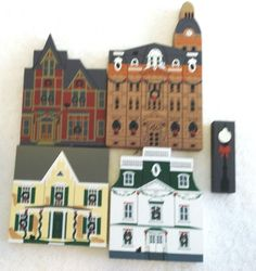 1992  Cat's Meow The Hometown Christmas Series 5 Pieces 4 Bldgs LampPost  NICE