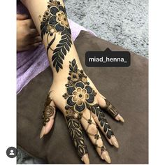 📌 hajra::: henna design,, simple back hand design Khafif Mehndi Design, Floral Henna Designs, Mehndi Designs 2018, Mehndi Designs For Girls, Wedding Mehndi Designs, Dulhan Mehndi Designs, Mehndi Designs For Hands, Mehndi Design Photos, Henna Tattoo Designs