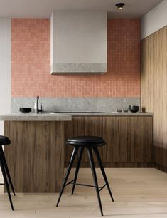 L-shaped kitchenshave a sensible and desirable format, and thesekitchen ideasshow tips on how to make yourL-shape kitchenwork at its finest and look its finest. #lshapedkitchenarea