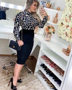 Business Professional Outfits, Business Dresses, Business Fashion, Modest Wear, Modest Dresses, Casual Dresses, Khloe Kardashian Dress, Girl Fashion, Fashion Outfits