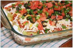 Dip I've made this for a party before and it was a total hit. Totally cheap too and serves a lot of people! You could serve it in a big bowl like the picture.and you can sub low fat cheese and beans, etc. Appetizer Dips, Appetizers For Party, Appetizer Recipes, Party Snacks, Mexican Food Recipes, Great Recipes, Favorite Recipes, Ethnic Recipes, Good Food