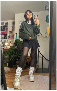 Goth Girl Outfits, Swaggy Outfits, Indie Outfits, Edgy Outfits, Retro Outfits, Cute Casual Outfits, Outfits With Tights, Goth Girls, Grunge Winter Outfits