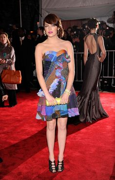Emma Stone in Matthew Williamson (2009, Muse)