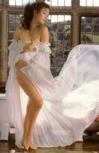 jane seymour hot - Yahoo Image Search Results Celebrity Feet, Celebrity Pictures, Celebrity Portraits, Beautiful Celebrities, Beautiful Actresses, Beautiful Women, Jane Seymour Hot, Blond, Candice Bergen