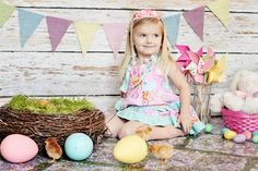 Easter Photography Prop Burlap Banner in Pastel Colors from @Heather - Chickabug #LittleStyleEaster