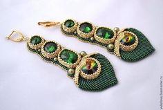 Серьги Маюраттам (Majurattam) - тёмно-зелёный,золотой,Вышивка бисером Jewelry Design Earrings, Bead Earrings, Beaded Jewelry, Handmade Jewelry, Beaded Necklace, Beaded Bracelets, Jewellery, Diy Jewelry Tutorials, Diy Jewelry Inspiration