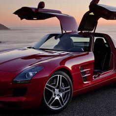 Good afternoon! #MercedesSLS