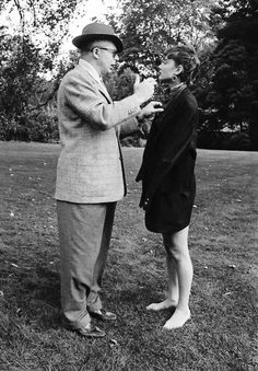 Billy Wilder and Audrey Hepburn on the set of Sabrina, photographed by Dennis Stock, 1954 Audrey Hepburn Born, Audrey Hepburn Photos, Golden Age Of Hollywood, In Hollywood, The Nun's Story, Sabrina 1954, Billy Wilder, Roman Holiday, Miles Davis