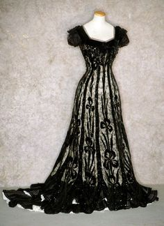 womens fashion 1900 white with black lace - Google Search