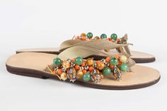 """Items similar to Jeweled leather sandal """"Kuchi"""" on Etsy Leather Sandals, Jewels, Trending Outfits, Unique Jewelry, Handmade Gifts, Etsy, Collection, Shoes, Fashion"""
