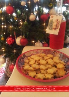 Kaassterren: kaaskoekjes, leuk om te maken met kinderen #feestdagen #kerstdiner #kinderen
