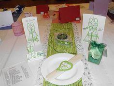 Tischdekoration in grün für die Hochzeit, Silber- und Goldhochzeit
