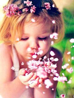 Flower girl's pink flower crown Toni Kami