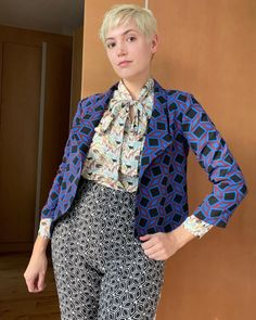 Testing out just how many prints I can mix together with my new #grainlinemorris blazer. Paired with all previous #memade pieces (liberty #soipussybowblouse , mushroom print #shirtno1 , and my geometric #freerangeslacks ) #minerva #minervafabrics #minervamakes #grainlinestudio #grainlinepatterns #grainlinemaker #morrisblazer #grainlinestudios #printmixing #patternmixing Blazer Pattern, Studio S, Pattern Mixing, Slacks, Mushroom, Liberty, Fabric, Prints, Fashion
