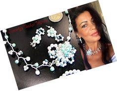 Parure filigrané, avec des perles blanc et bleu : Parure par camelys-bijoux Fashion Accessories, Fashion Jewelry, Women's Fashion, Wire Jewelry, Handmade Jewelry, True Art, Small Businesses, Promotion, Arts And Crafts