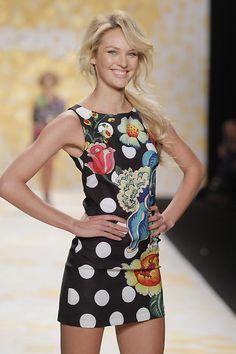 79853ac236ea Candice Swanepoel * New York Fashion Week - Desigual Fashion Show Fall  Winter 2014/15