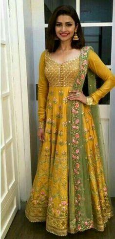 Beautiful Prachi Desai. پراچی دیسائ