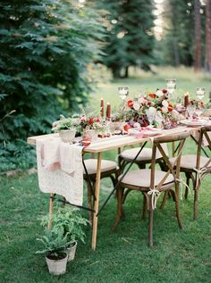 garden wedding - photo by Rebecca Hollis Photography http://ruffledblog.com/ferns-and-fruit-wedding-inspiration