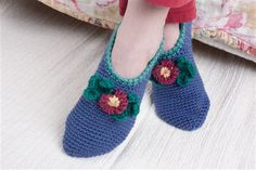 Comfort Slippers with Loom Flower