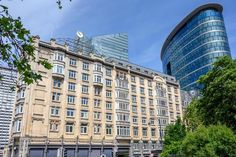 Fresh from a renovation, the former Crowne Plaza, and originally the Palace Hotel is an Art Nouveau grande dame hotel from 1910. Site Restaurant, Palace Hotel, Belgium, Art Nouveau, Multi Story Building, City, Modern, Fresh, Trendy Tree
