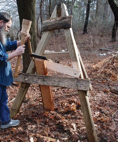 The Best Oak Money Can't Buy by Peter Follansbee Learn how to produce stock for joinery projects. Peter Follansbee will guide you through looking for wood that… Green Woodworking, Woodworking Workshop, Popular Woodworking, Woodworking Crafts, Rough Wood, Raw Wood, Primitive Technology, Wood Tools, Woodworking Magazine