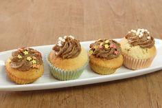 Zitronen-Cupcake mit Espresso-Buttercreme