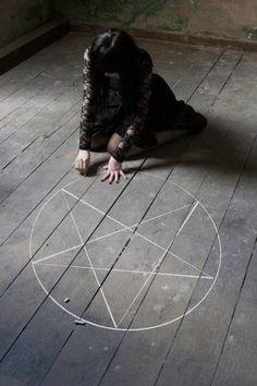 RaVenLoFt | Academy For Witches