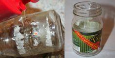Ako odstrániť etiketu z pohárov na zaváranie